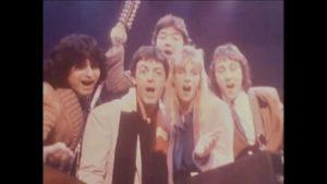 Paul McCartney Wonderful Christmas Time Mp3, Video and Lyrics