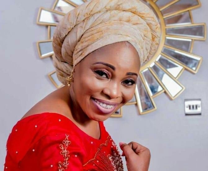 Photo of Tope Alabi – Oba Aseda