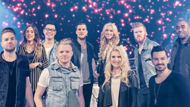 Photo of Chains Are Breaking by Planetshakers