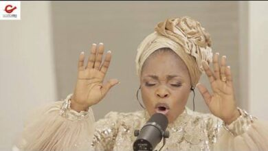 Download Oba Ni by Tope Alabi ft Ty Bello